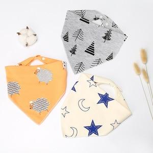 Хлопковый двойной хлопковый нагрудник с мультяшным принтом, полотенце для маленьких мальчиков и девочек, передник для кормления, бандана, Слюнявчики, детские нагрудники, треугольник