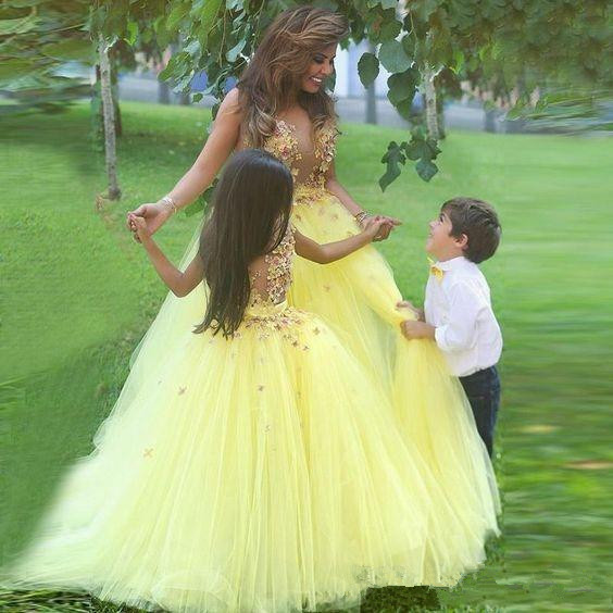Yellow 2019   Flower     Girl     Dresses   For Weddings Ball Gown Tulle Appliques Lace Long First Communion   Dresses   Little   Girl