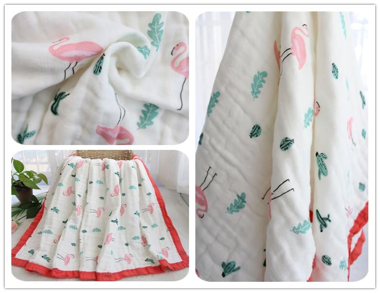 toalha multi uso bebê recebendo cobertor