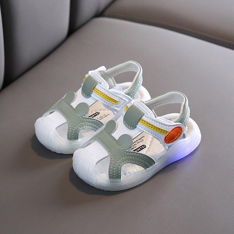 LED With Light Girls Boys Brands Summer Sandals Flash Children Soft Sole Beach Sandals Anti-slip Cozy Cute Kids Sport Sandals