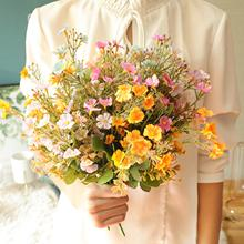 1 bukiet sztuczna wiśnia kwiaty sztuczne kwiaty boże narodzenie dom ślub dekoracyjne sztuczne kwiaty żywe sztuczne kwiaty tanie tanio CN (pochodzenie) 21053916 Cherry Bukiet kwiatów Party Jedwabiu