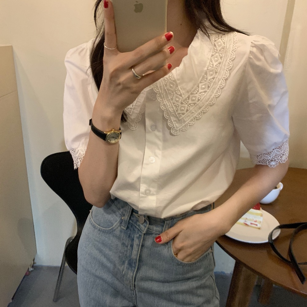 Ha0f10328b4444d7392d14f80aca30f33I - Summer Korean Turn-Down Lace Collar Puff Sleeves Top with Hollow Out Sleeve Edges