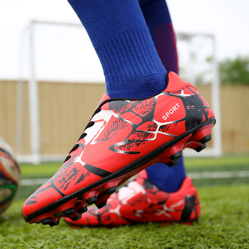 Hommes Football Football bottes athlétique Football chaussures 2018 nouveau cuir grande taille haut Football crampons formation Football Sneaker homme