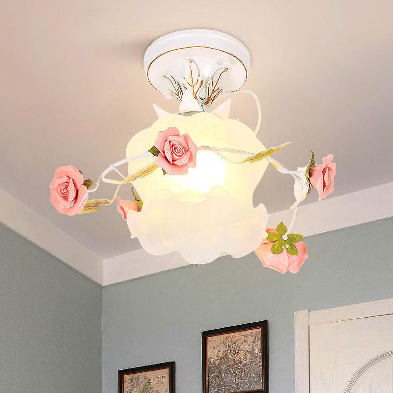 Скандинавском стиле с цветочным узором и металлическими элементами светодиодный потолочный светильник s для комнаты Керамика розовое Деко...