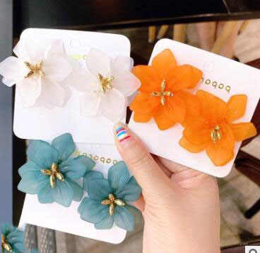 Hyperbole Flower Earrings Women Acrylic Big White Orange Green Flower Holiday Earrings