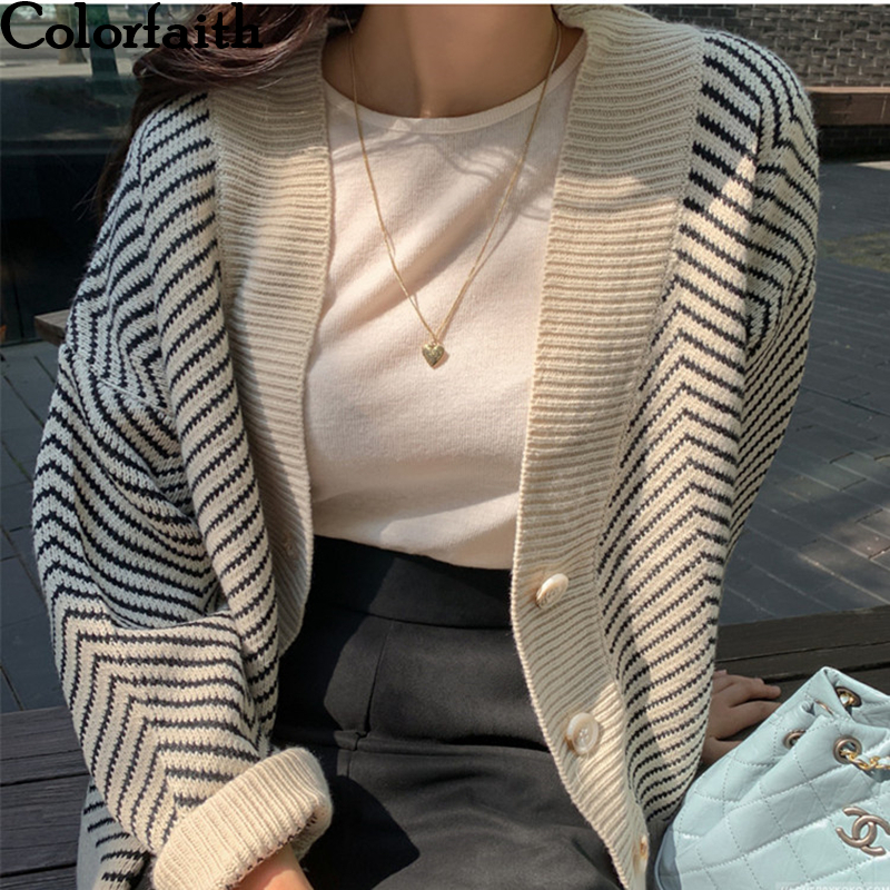Colorfaith Women's Sweaters Autumn Winter 2019 Fashionable Striped Casual V-Neck Cardigans Single Breasted Loose Ladies SWC3033