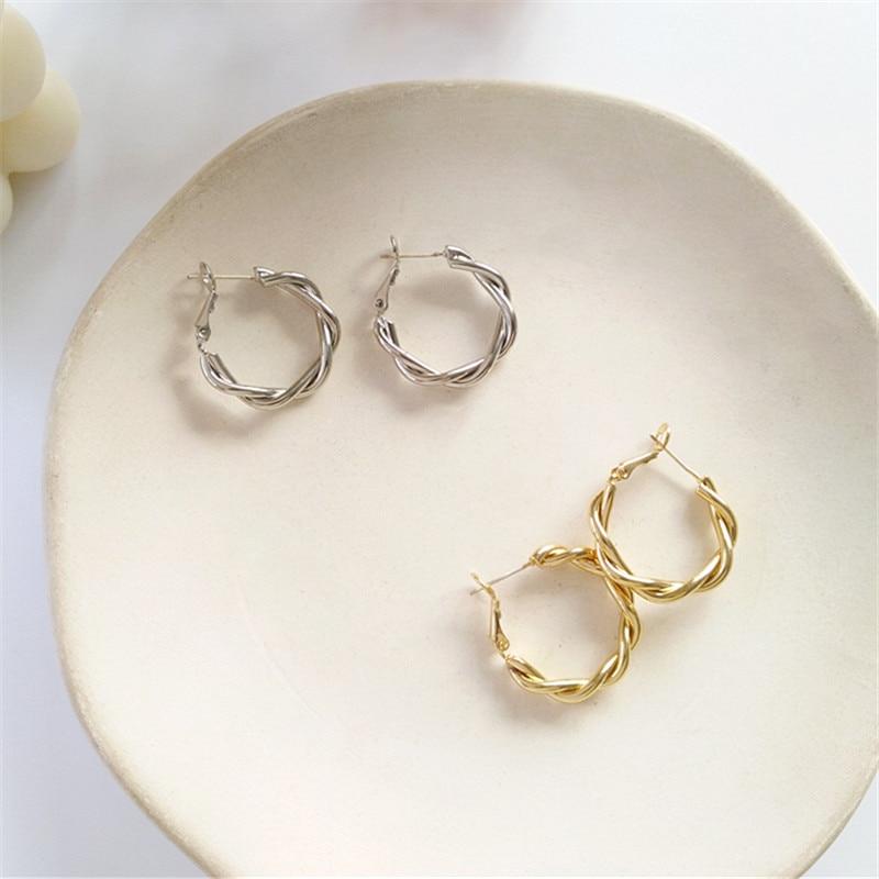 South Korea 2019 C Shape Deformation Geometry Golden Metal Retro Geometric Earrings Pendant Earrings Girls Wedding Gift