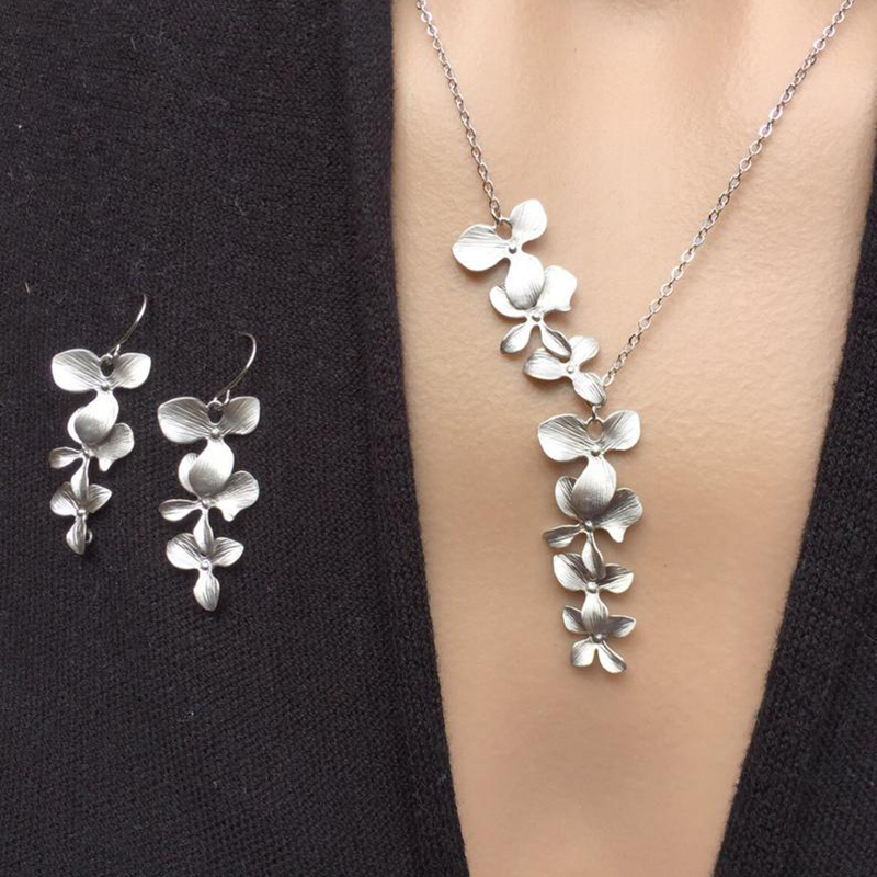 Fashion Clusters Leaf Flower Jewelry Set Matte Gray-Silver Color Metal White Pearl Choker Necklace Blossom Dangle Earrings