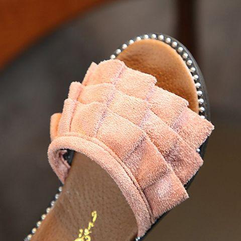 agua criancas flip flops descalcos sapatos crianca