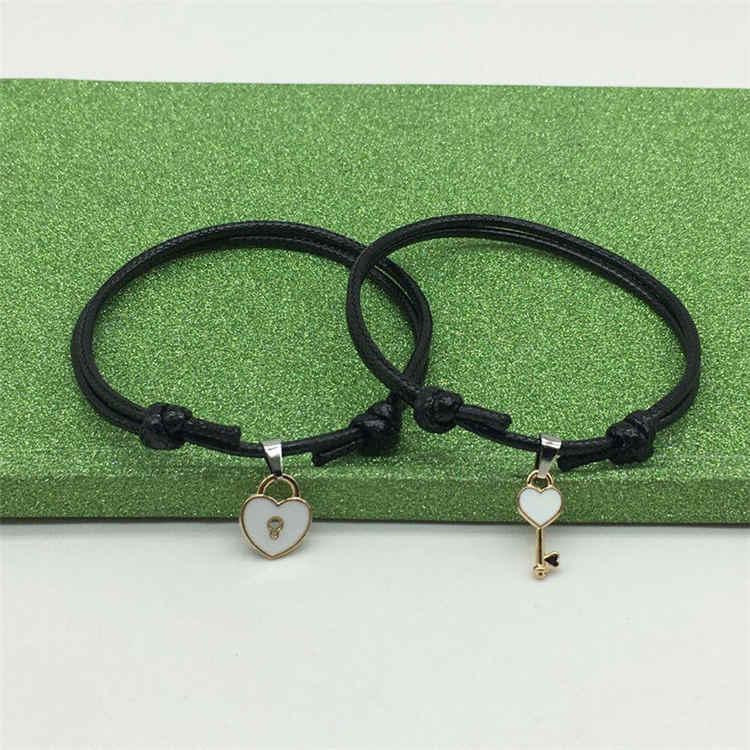 Nueva llegada pareja pulsera aleación llave corazón cerradura pulsera con dijes hecha a mano joyería cuerda pulsera amantes regalos para mujer