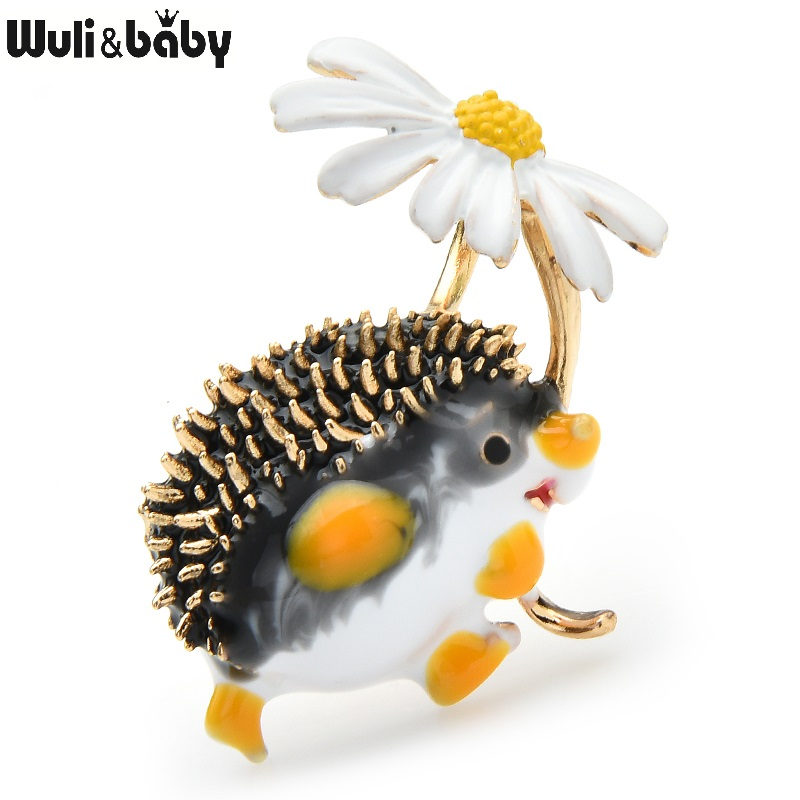 Wuli&baby Lovely Hold Flower Hedgehog Brooches Women 8-colors Animal Pet Party Office Causal Brooch Pins Gifts ёжик с ромашкой