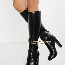 ALMUDENA/черные кожаные сапоги до колена; высокие сапоги на массивном каблуке с пряжкой и ремешком; высокие сапоги; сезон осень-зима; мотоботы-гладиаторы
