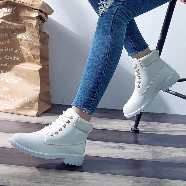 2019 Women Winter Ankle Snow Boots Female Warm Fur Plush Insole Platform Boots Black Lace Up Shoes For Women Botas Mujer