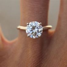 Classic Brilliant Round Cut White Cubic Zirconia Ring Engagement Wedding Rings for Women Gifts