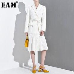 [EAM] Loose Fit White Pleated Hem Stitch Bandage Long Jacket New Lapel Long Sleeve Women Coat Fashion Tide Spring 2020 YE615