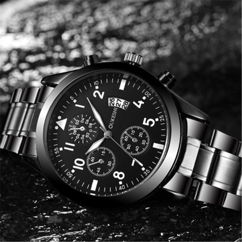 Saatler'ten Kuvars Saatler'de 2019 erkek saati su geçirmez üst marka lüks tarih saat erkek spor saatler erkekler kuvars rahat kol saati Relogio Masculino