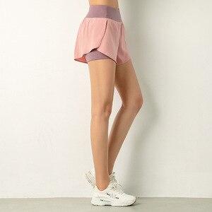 Image 2 - Luoenbo shorts de ginástica dupla, bermuda de academia respirável com bolso lateral, secagem rápida, yoga, mulheres, roupa esportiva 2020