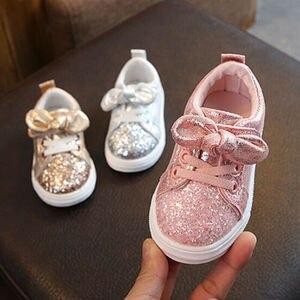 Zapatos de cuna para niñas pequeñas de 1-3 años, zapatos de cuna con lazo de lentejuelas, zapatos informales de tendencia, zapatos con lazo