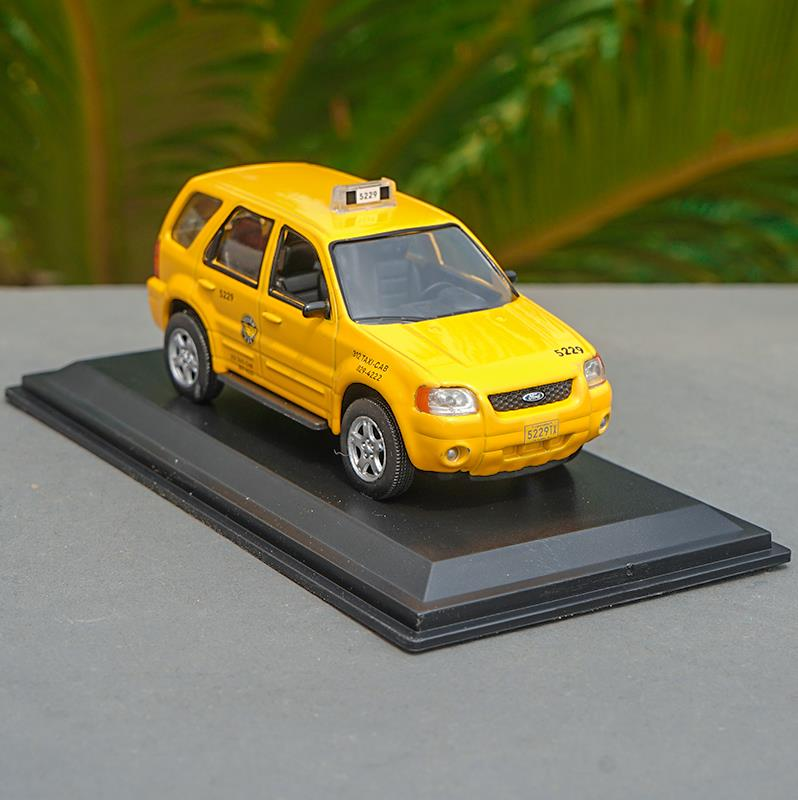 <font><b>1:43</b></font> Scale <font><b>ford</b></font> ESCAPE HYBRID alloy car toy,collection <font><b>model</b></font> car,diecast metal <font><b>model</b></font> toy vehicle,free shipping image