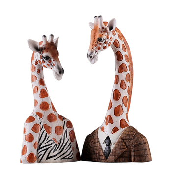 Miniature Model Giraffe Figurine Creative Resin Home Decoration Craft Desktop Living Room Home Decor Accessories Abstract Statue