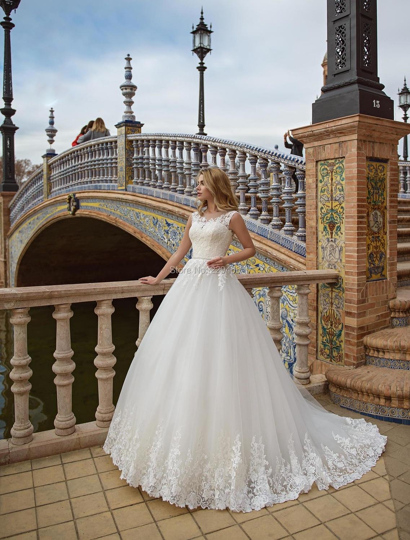 Wuzhiyi Empire Wedding Dress Long Train Marriage Dress O Neck Vestido De Noiva Sleeveless Sashes Wedding Gowns Zipper Back Dress