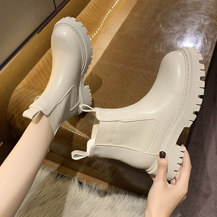 2021 New Chunky Boots Fashion Platform Women Ankle Female Sole Pouch Ankle Botas Mujer Round Toe Slip On Botas Altas Mujer