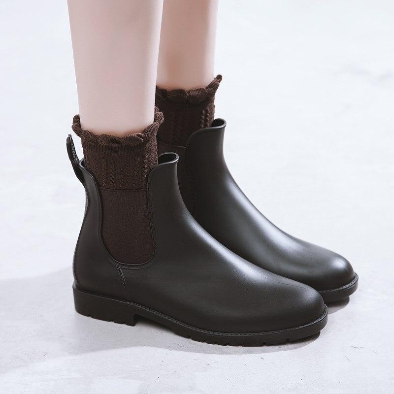 Black Chelsea Boots Slip