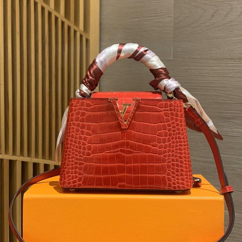 Small Bag Leather Fashion Single Shoulder Slant Span Bag Rivet Lock Crossbody Bag Female Travel Mini Bags Purses Handbags Mini