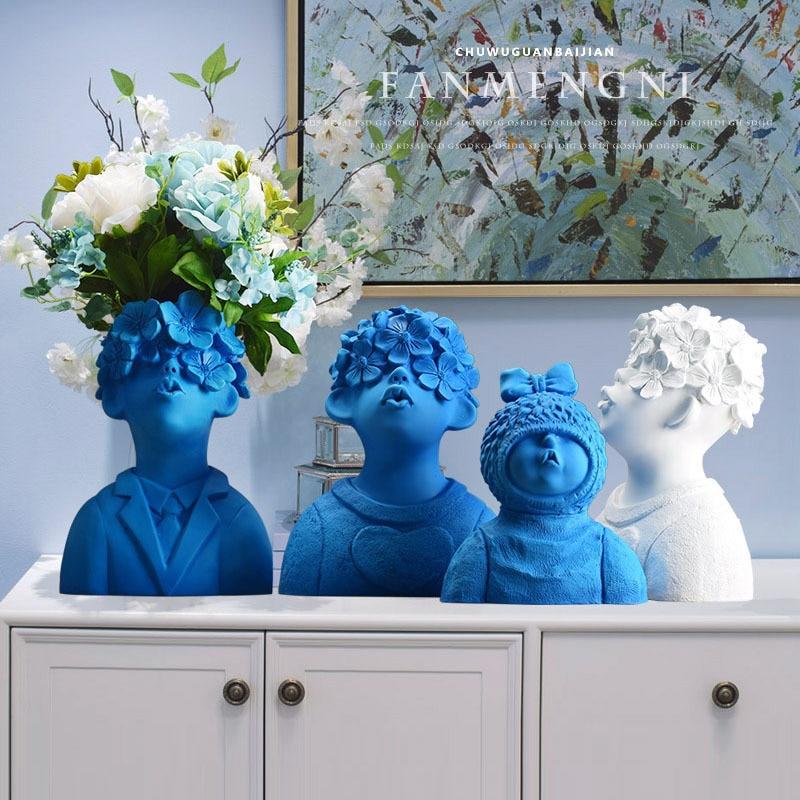 Northern Europe Resin Vase Figurines Creative Cute Boys Office LIvingroom Desktop Ornament Home Furnishing Decoration Crafts Art
