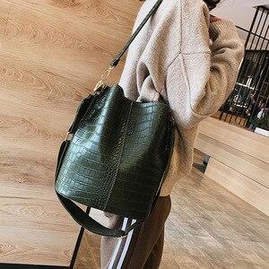 Image 4 - 패션 양동이 핸드백 여성 캐주얼 토트 메신저 가방 악어 패턴 Crossbody 가방 대용량 레트로 숄더 가방 여성