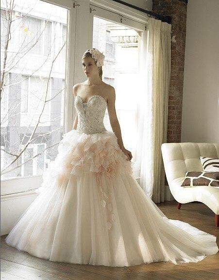 Luxurious Crystal Organza Ball Gown Layers Of Handmade Leaves Flowers Taffeta Petals Gorgeous Beading Sweetheart Wedding Dress