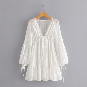 Новинка, женское сексуальное платье с глубоким v-образным вырезом, повседневное свободное Белое Мини-Платье, шикарное женское платье с рука...