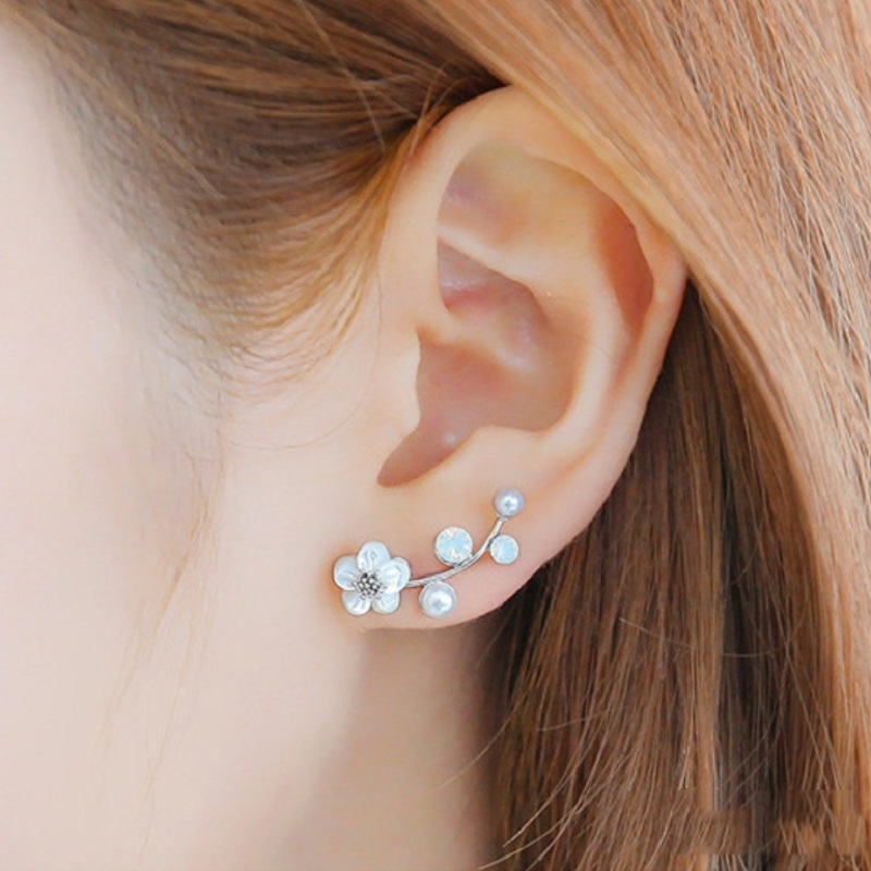 Hot Crystal Flower Stud Earrings for Women Fashion Jewelry Gold Silver Rhinestones Earrings Gift for Party and Best Friend 5