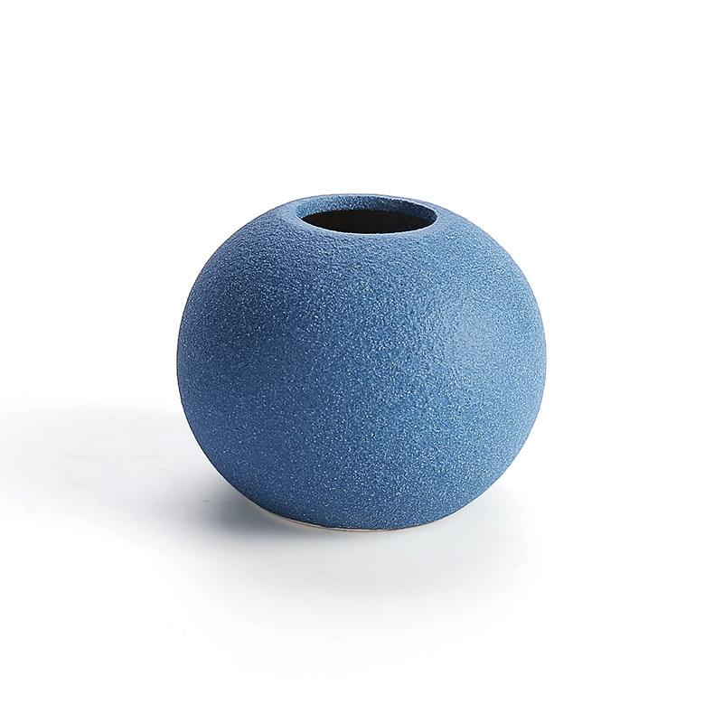 אגרטל קרמי אירופאי שחור / אפור / כחול מודרנו O.WROLF  6