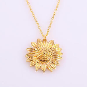 Sunflower Pendant Jewelry Chain-Accessories Necklace Elegant Party Ladies Charming Gift