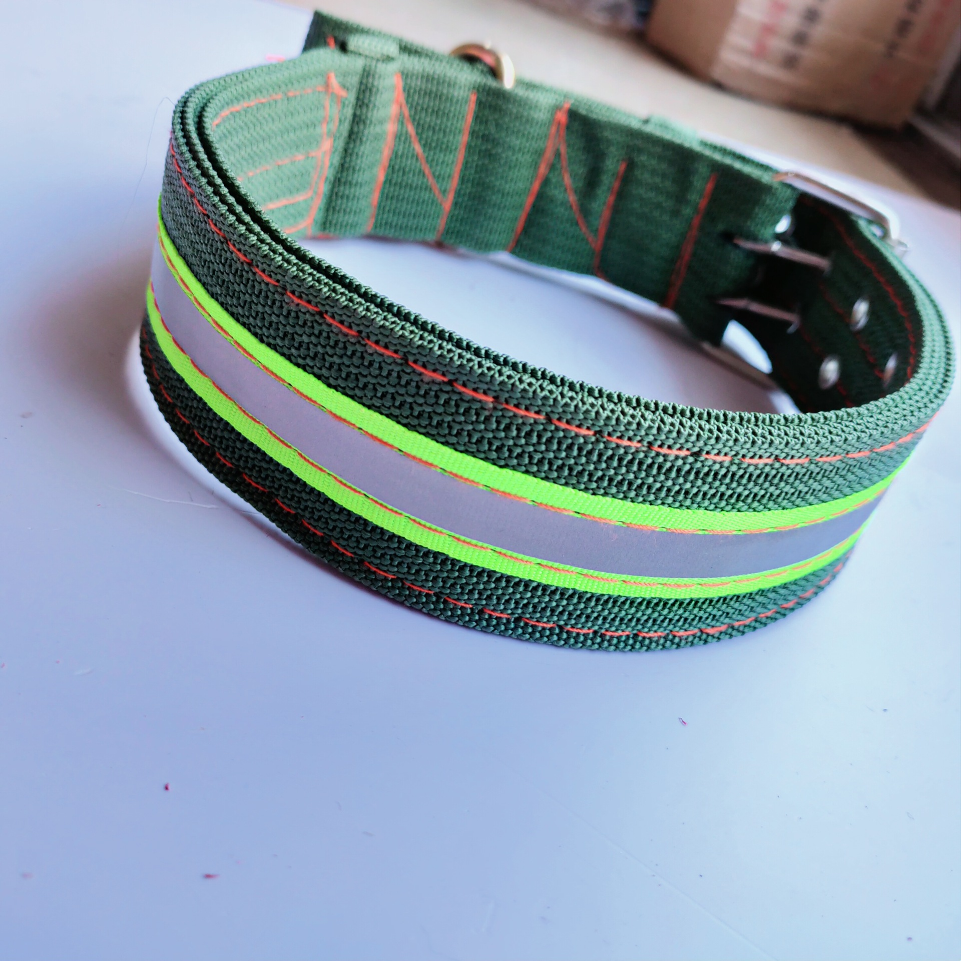 SOURCE Factory Goods Pet Collar Thick 4-Layer Army Green Bite-proof Protector Traction Ye Guang Tiao Swivel Dog Neck Ring
