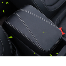 Lsrtw2017 Fiber Leather Car Central Control Armrest Cover for Skoda Kodiaq Gt Interior Mouldings Accessories