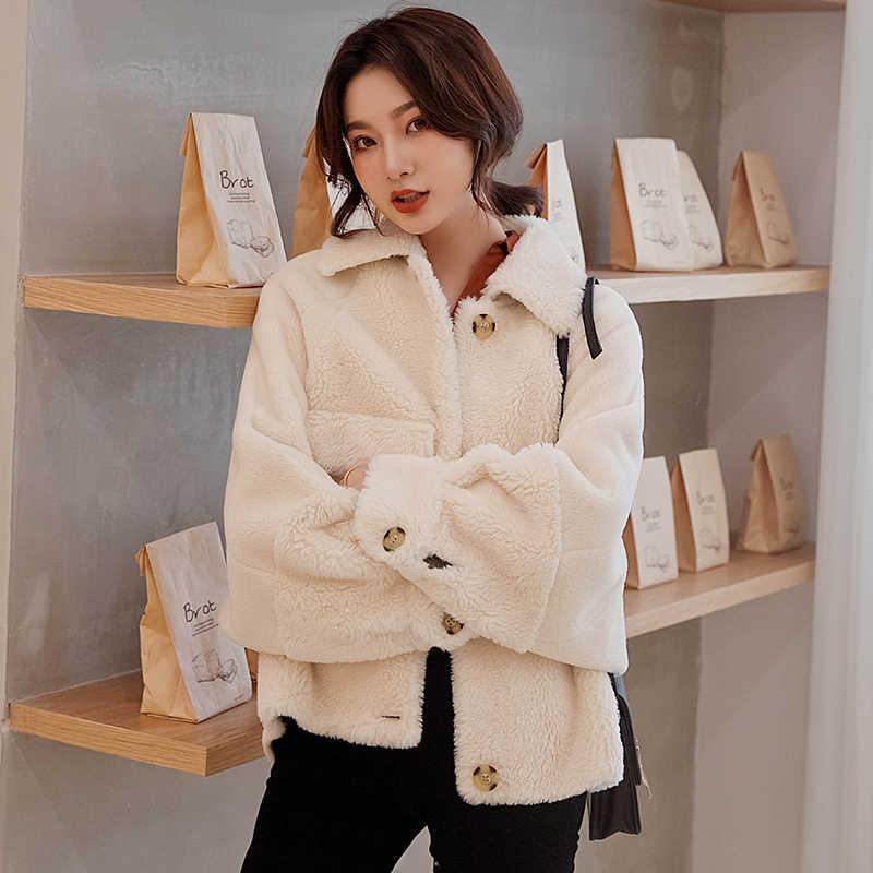 Wanita Mantel 2019 Baru Gandum Beludru Gunting Domba Warna Solid Leher Bulat Mantel Wanita Domba Bulu Mantel Musim Gugur dan musim Dingin Mantel Pendek