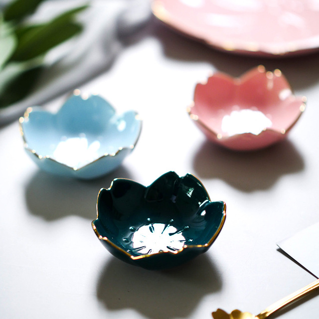 Creative Japanese Sakura Ceramic Dish Cherry Blossom Kawaii Plate Sauce Dish Flower Bowl for Kitchen Sauce Vinegar Dishes 3