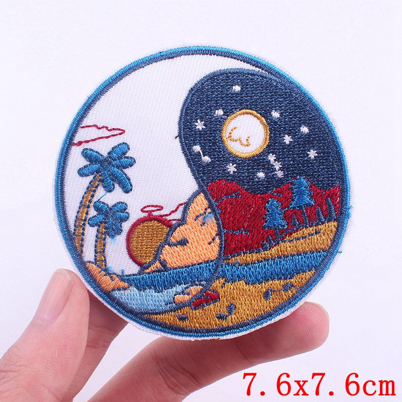 Prajna Van Gogh Parches Camp Embroidery Patches for Clothes Iron On UFO Patches For Clothing DIY Stripes Mountain Wave Stickers-3