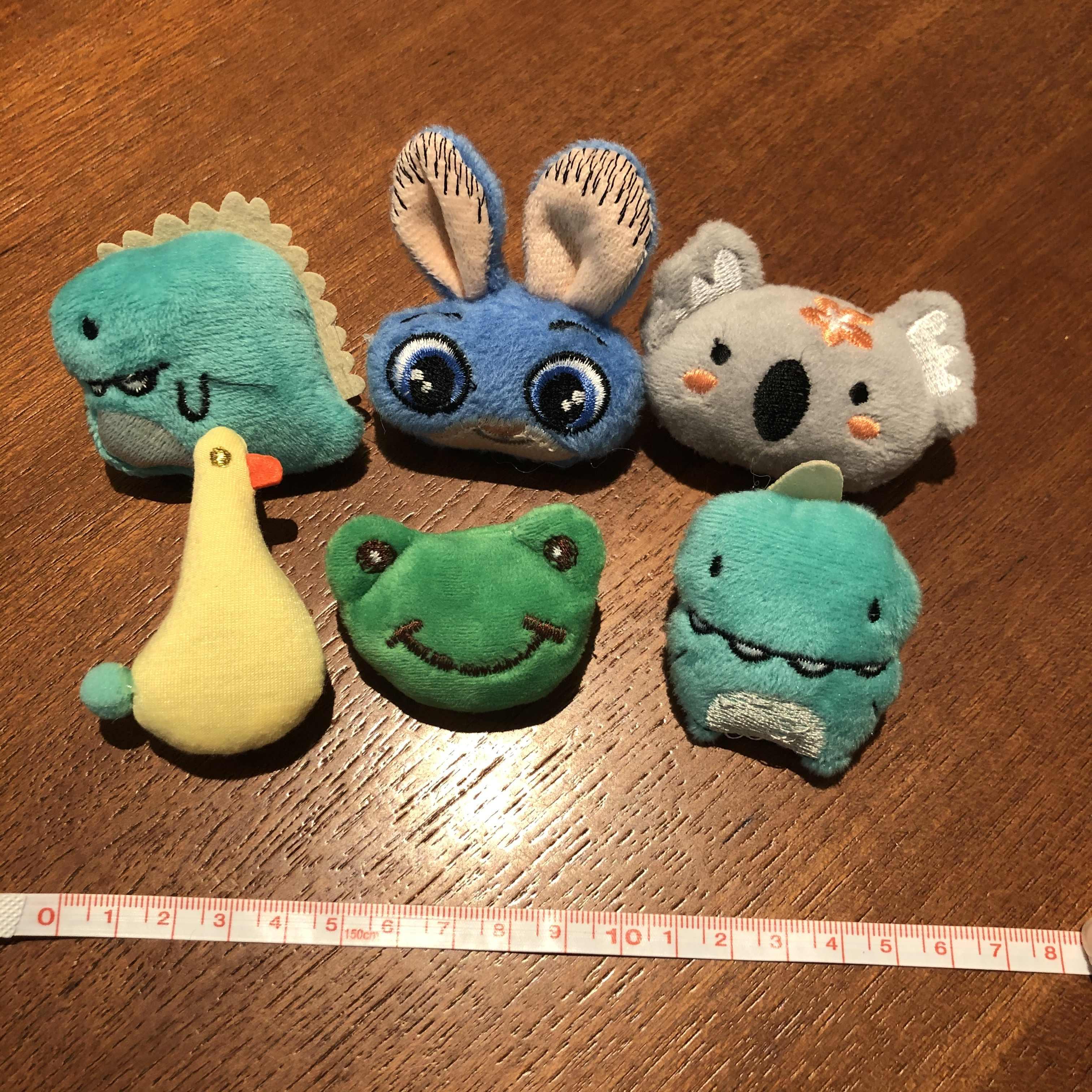 1PCS 새로운 디자인 만화 동물 인형 브로치 스티치 피카추 포케몬 배지 호빵맨 세서미 스트리트 장난감 핀 장식 가방 옷