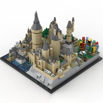 Hogwarts Castle Architecture MOC 25280 Movie Designed By MOMAtteo79 Produced By MOC BRICK LAND