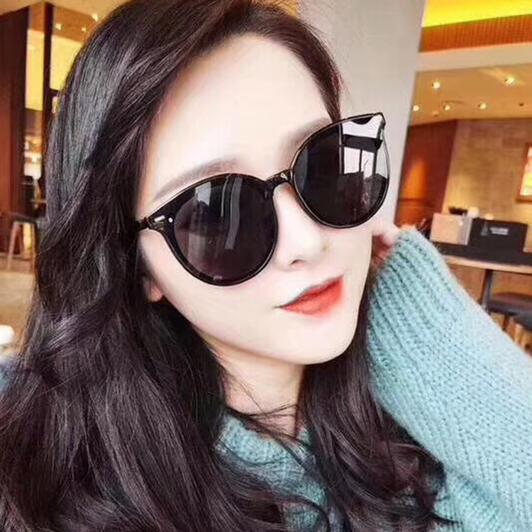 Korean Fashion Sunglasses Women Web Celebrity Street Shot Sunglasses Hot Style Round Frame Rice Nail Sun Glasses Eye Protector