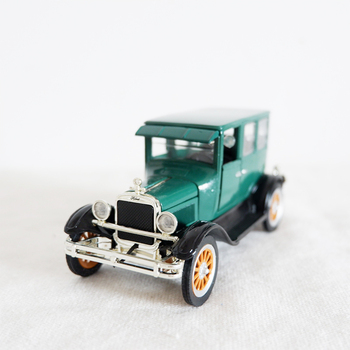1:32 Scale Ford Replica 1926 Ford FORDO Classic Car Model Collection Model Retro Dark Static Model Alloy Die cast Toy Kids Gift 1 43 scale mini yat ming classic 1957 ford ranchero falcon fairlane coupe metal die cast pickup pick up truck van car model kids