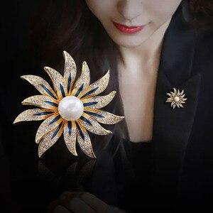 Роскошная белая брошь с искусственным жемчугом и цветком Золотая серебряная бижутерия женское платье пальто шапки, шарфы аксессуары