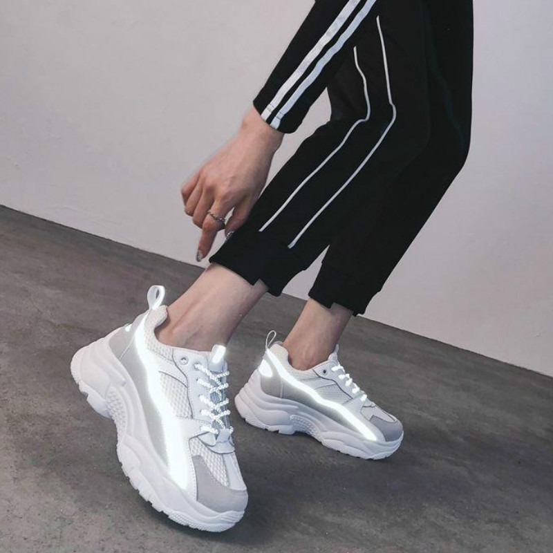 Women Sneakers 2020 Fashion Casual Shoes Woman Comfortable Breathable White Flats Female Platform Chaussure Femme Reflective