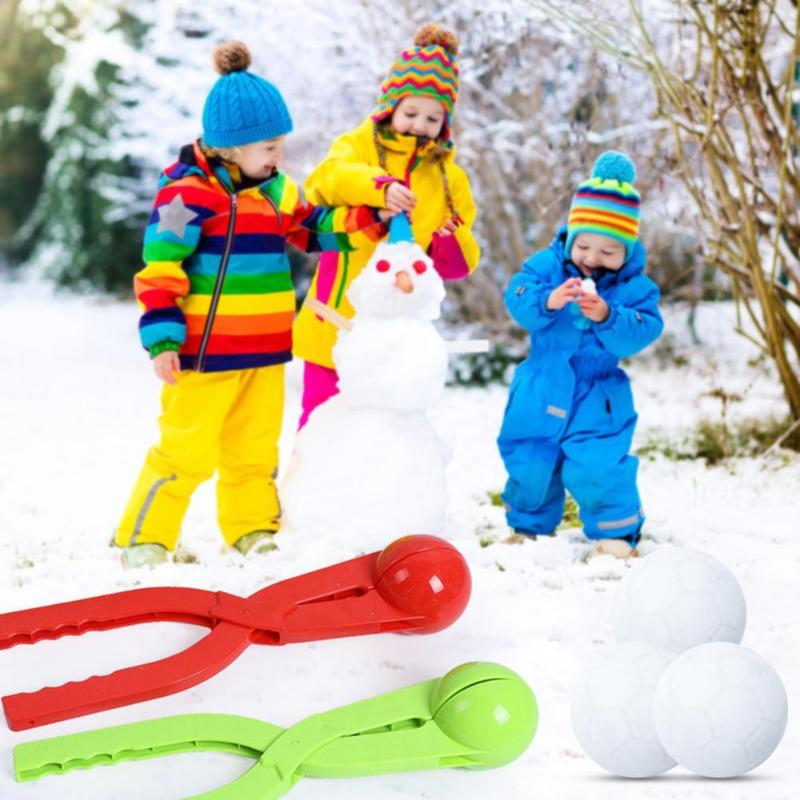 Fashion Winter Snowball Maker Clip Plastic Cartoon Football Anti-freezing Snowball Fight Outdoor Toys Beach Toys Large Size