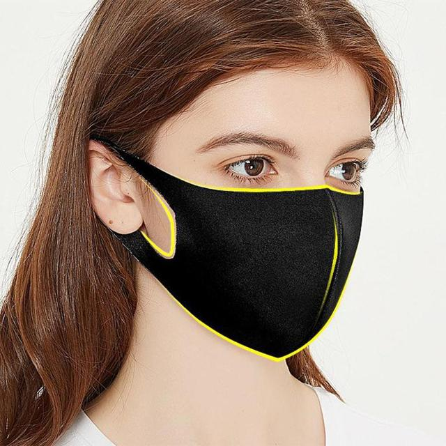 5pcs Masks Men and Women Dustproof Breathable Anti-fog and Cold-proof Warm Black Polyurethane Korean Tide Sponge Can Be Cleaned 2