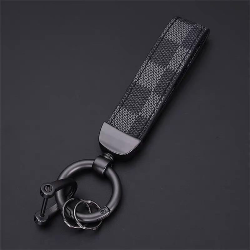 High-Grade Leather Car KeyChain 360 Degree Rotating Horseshoe Buckle Jewelry Key Rings Holder Bag Pendant