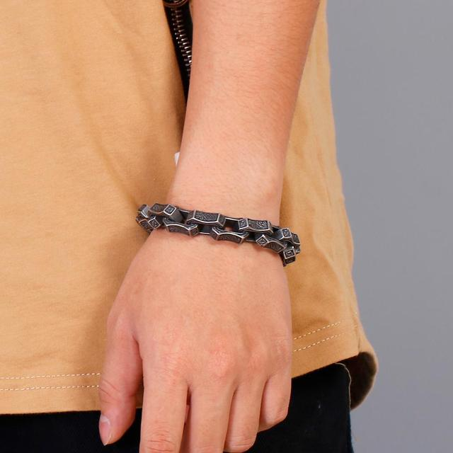 Badass engraving square bracelet